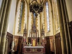 Eglise catholique Saint-Bernard-de-Menthon - Français:   Maître-autel et retable