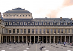 Domaine national du Palais-Royal (ancien Palais Cardinal), comprenant Conseil d'Etat, Conseil Constitutionnel, Ministère de la Culture, théâtre de la Comédie Française - Palais-Royal (Classé) - Paris Ier