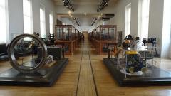Ancienne abbaye Saint-Martin-des-Champs, actuellement Conservatoire National des Arts et Métiers et Musée National des Techniques - Français:   Musée des Arts et Métiers, Paris