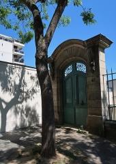Pavillon de Balzac, actuellement musée - Portail historique de la Maison de Balzac, 47 rue Raynouard (Paris, 16e).