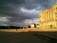 Domaine national de Saint-Germain-en-Laye, actuellement Musée des Antiquités Nationales - Soir d'orage sur le château de Saint Germain en Laye