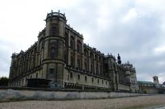 Domaine national de Saint-Germain-en-Laye, actuellement Musée des Antiquités Nationales - Français:   Château Musée des Antiquités Nationales, ailes de la reine (Est) à gauche et du roi (Nord) à droite