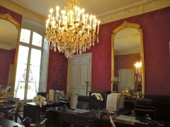Anciens hôtels de Brienne et de Broglie, actuellement ministère de la défense - Bureau des aides de camp de l'Hôtel de Brienne