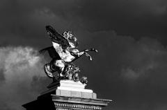 Pont Alexandre III - Français:   Vue du pont Alexandre III depuis un bateau-mouche.