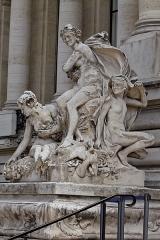 Petit Palais, actuellement musée des Beaux-Arts de la Ville de Paris -  Vue de la façade du Petit Palais.