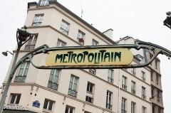 Métropolitain, station Cadet -  <a href=