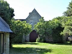 Grange à dîmes de Pors-Lambert - Français:   Backside of Manoir de Pors Lambert, Penmarch
