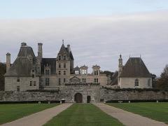 Château de Kerjean, actuellement Musée breton - Vue générale du Château de Kerjean en Saint-Vougay (29).