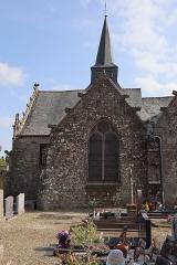 Eglise Saint-Léon - Façade nord de l'église Saint-Léon de La Baussaine (35). 1ère chapelle nord (numérotation d'est en ouest).