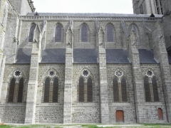 Ancienne cathédrale Saint-Samson - Flanc nord de la nef de la cathédrale Saint-Samson de Dol-de-Bretagne (35).