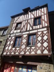 Maison à pans de bois - Français:   Maison, 34 rue des Trente à Josselin