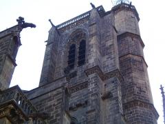 Cathédrale Notre-Dame - Cathédrale Notre-Dame-de-l'Assomption de Clermont-Ferrand (Puy-de-Dôme, France). Tour de la Bayette.