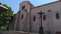 Eglise Saint-Genès-le-Comte - Français:   Photo de l'église Saint-Genès-le-Comte à Combronde.