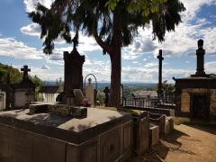 Eglise Saint-Genès - English:   Caves in Saint-Jean cemetery