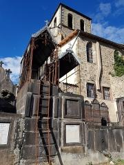 Eglise Saint-Genès - Français:   Tombes dans le Cimetière Saint-Jean, 2020
