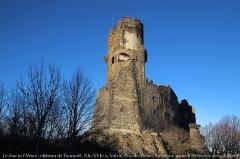 Château fort de Tournoël -  www.renaud-camus.net/librairie/    Site de Renaud Camus: bio-bibliographie, journal, Le Jour ni l'Heure, chronologie, livres & textes en ligne (librairie/bookshop), site du château de Plieux