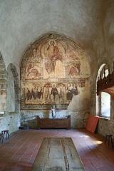 Ancienne abbaye Saint-André-de-Lavaudieu - Vue d'ensemble du réfectoire de l'abbaye Saint-André de Lavaudieu.