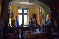 Château fort de Pesteils - Français:   Château de Pesteils (Polminhac)