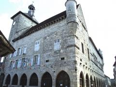 Ancien hôtel de la Raymondie, actuel hôtel de ville - Français:   Martel - Hôtel de La Raymondie - Façades sur rue
