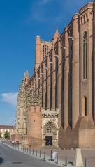 Cathédrale Sainte-Cécile - English: South facade of the Saint Cecilia Cathedral of Albi, Tarn, France        This place is a UNESCO World Heritage Site, listed as Cité épiscopale d'Albi.  العربية | asturianu | беларуская | беларуская (тарашкевіца)‎ | বাংলা | català | čeština | dansk | Deutsch | English | español | euskara | فارسی | français | עברית | hrvatski | magyar | bahasa Indonesia | italiano | 日本語 | 한국어 | latviešu | македонски | മലയാളം | مازِرونی | Nederlands | polski | português | português do Brasil | română | русский | sicilianu | slovenčina | slovenščina | Türkçe | українська | Tiếng Việt | 中文 | 中文(中国大陆)‎ | 中文(简体)‎ | 中文(繁體)‎ | 中文(台灣)‎ | +/−