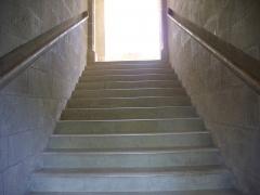 Eglise Saint-Symphorien - Château d'Azay-le-Rideau (Indre-et-Loire, France): cage de l'escalier moinumental