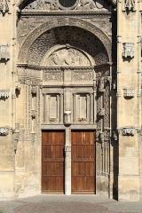 Eglise Saint-Gervais-Saint-Protais - Français:   Église Saints-Gervais-et-Protais de Gisors.
