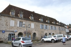 Immeuble du Bessol - Français:   Immeuble du Bessol: actuelle Poste et Office du Tourisme de Beaulieu sur Dordogne