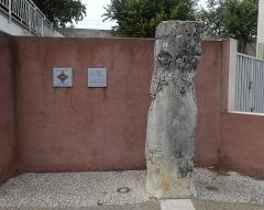 Colonne milliaire au nom d'Antonin le Pieux - Français:   Classé Monument historique en 1912.