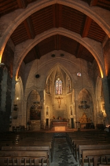 Eglise Saint-Paul - Français:   Frontignan (Hérault) - Église Saint-Paul - nef. La poutre historiée est la plus éloignée à gauche.
