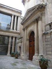 Hôtel de Saint-Côme - Català: Porta de l'amfiteatre de l'Hôtel de Saint-Côme (Montpeller)
