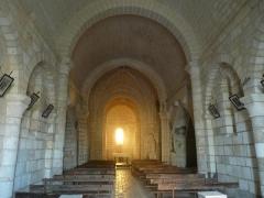 Eglise Saint-Martial - English: inside of church of Dirac, Charente, SW France