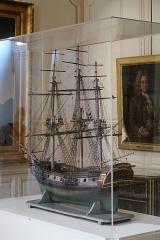 Hôtel de Fleuriau - English: Model frigate, late 18th century. MNM La Rochelle. Gift of Michel Crépeau, mayor of La Rochelle from 1971 to 1999.