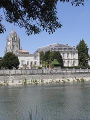 Eglise Saint-Pierre - Cathédrale Saint-Pierre de Saintes (17).