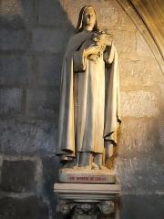 Eglise Saint-Porchaire - Français:   Statue de Sainte Thérèse de Lisieux à Saint-Porchaire de Poitiers