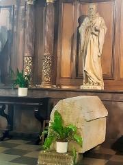 Eglise Saint-Porchaire - Français:   Tombeau et statue de Saint Porchaire à Poitiers