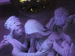Eglise Saint-Etienne - Mise au Tombeau par Ligier Richier, en l'église Saint-Étienne de Saint-Mihiel (Meuse, France): Vierge Marie soutenue par saint Jean et Marie Cléophas (ou Marie Jacobi)