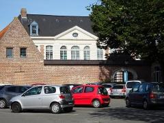 Ancien hospice Gabrielle - Portail de la