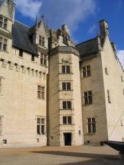 Château - le Château Montsoreau et sa tour Renaissance