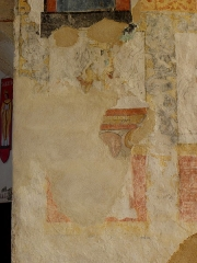 Eglise paroissiale Notre-Dame - Français:   Fresques ornant le mur est de la chapelle Sainte-Anne de l\'église Notre-Dame de Cossé-en-Champagne (53). Évêque.