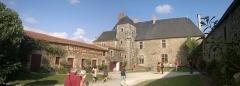 Château de la Chabotterie - Français:   Cour d\'honneur, la Chabotterie,  Fr-85-Saint-Sulpice-le-Verdon.