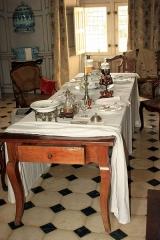 Château de la Chabotterie - Français:   Table, salle-à-manger, la Chabotterie,  Fr-85-Saint-Sulpice-le-Verdon.
