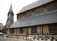 Eglise Sainte-Catherine - This building is classé au titre des monuments historiques de la France. It is indexed in the base Mérimée, a database of architectural heritage maintained by the French Ministry of Culture,under the reference PA00111390 .