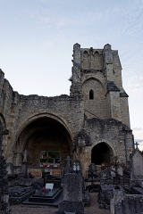 Eglise Notre-Dame du Pré (ruines) -  Vue de l'église Notre-Dame-du-Pré de Donzy.