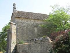 Chapelle de Lenoux - English: Southern side of the chapelle de Lenoux (Laives, Saône-et-Loire, France).