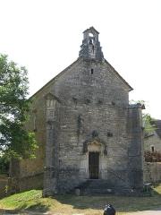 Chapelle de Lenoux - English: Facade of the chapelle de Lenoux (Laives, Saône-et-Loire, France).