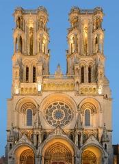 Ancienne cathédrale, actuellement église Notre-Dame, et cloître - Deutsch: Westfassade der Kathedrale Notre-Dame von Laon, Picardie, Frankreich