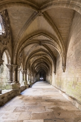 Ancienne cathédrale, actuellement église Notre-Dame, et cloître - Deutsch: Kreuzgang der Kathedrale Notre-Dame von Laon, Picardie, Frankreich