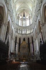 Cathédrale Notre-Dame - Français:   Nef de la cathédrale Notre-Dame Amiens Somme France.