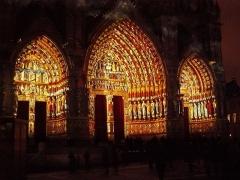 Cathédrale Notre-Dame - Français:   Cathédrale d\'Amiens, portails polychromes