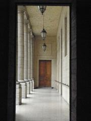 Hôtel-Dieu - Français:   Colonnade de la Cour des Cuisines de l\'Hôtel-Dieu de Lyon (69).